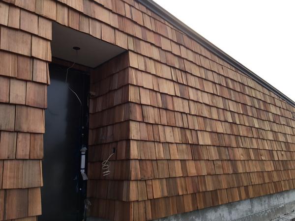 チャネル 木製外壁3