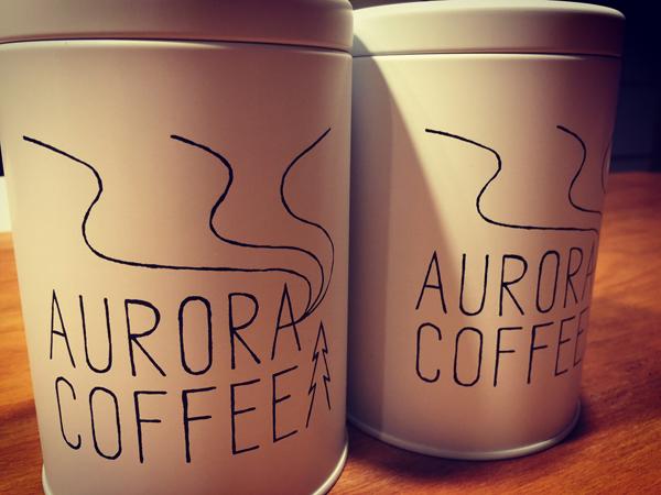 オーロラコーヒー缶